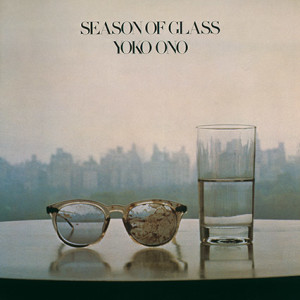 "Portada del disco ""Season Glass""/ Photo Credits: Yoko Ono"