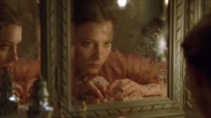 Mia Wasikowska interpreta a la heroína de moral reprobable ideada por Gustave Flaubert
