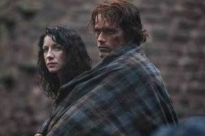 Outlander mantiene la tensión a través del amor imposible entre Claire Beauchamp y Jamie Fraser