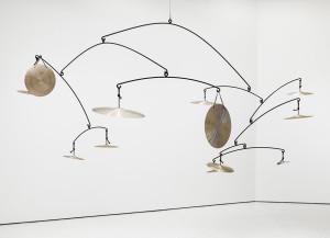 """El Guggenheim ha servido de espacio al mexicano Carlos Amorales para montar su instalación """"We'll See How Everything Reverberates""""/ Photo Credits: guggenheim.org"""