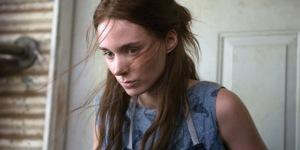 Todd Haynes ha confiado a Rooney Mara el papel de la soñadora Therese Belivet