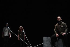 """Albert Camus desarrolló la trama de """"Los justos"""" en la época de la Rusia zarista/ Photo Credits: 611 Teatro, Vector Fleming, Parra"""