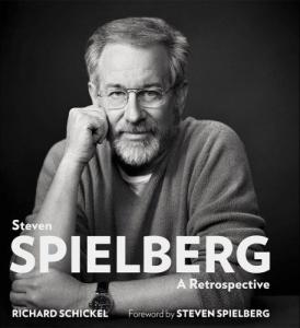 Steven Spielberg ha contado con el guion escrito por Matt Charman y los Coen (Ethan y Joel)