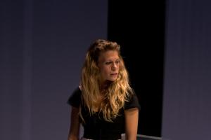 """Rebeca Valls es la protagonista de esta nueva versión de """"Casa de muñecas""""/ Photo Credits: Sergi Vega"""