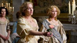 Kate Winslet encarna a la jardinera y arquitecta de ornamentos naturales Sabine de Barra