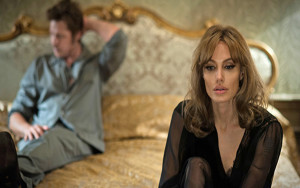 "Angelina Jolie es la directora, guionista e intérprete de ""By The Sea""/ Photo Credits: Universal Pictures"