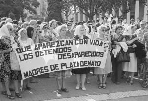 """Las Madres de la Plaza de Mayo proyectan su espíritu a cada acto de """"El reportaje"""""""