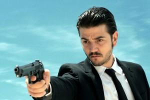 """Diego Luna es uno de los antagonistas de Mel Gibson en """"Blood Father"""""""