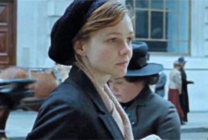 El guion centra su foco dramático en Maud, la joven que interpreta Carey Mulligan