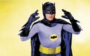 Adam West (en la foto) hizo del héroe de Gotham un icono del pop sesentero