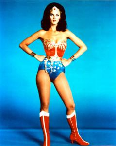Lynda Carter (en la foto) se hizo, contra pronóstico, con el papel de Wonder Woman