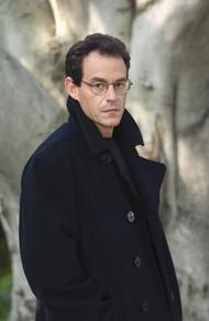 Daniel Silva es uno de los escritores con mayor éxito en la actualidad, en USA y Reino Unido